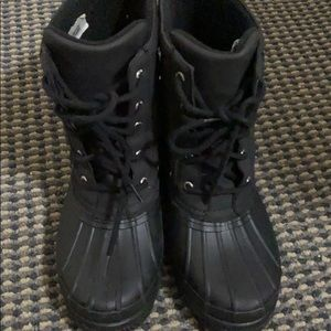 Like new Sperry snow boots